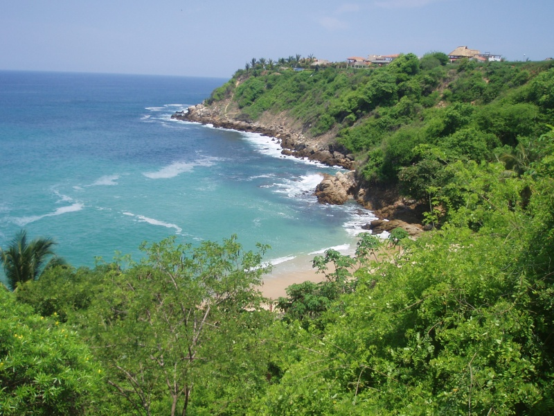 how to get from huatulco to puerto escondido