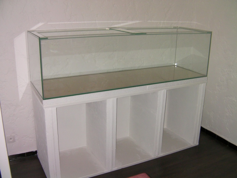 meuble b ton cellulaire pour aquarium. Black Bedroom Furniture Sets. Home Design Ideas