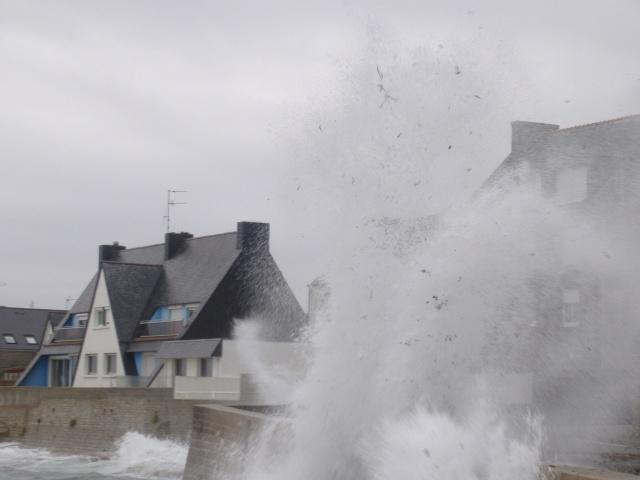 Quand la mer se fait furie.... dans Des instants... famill10
