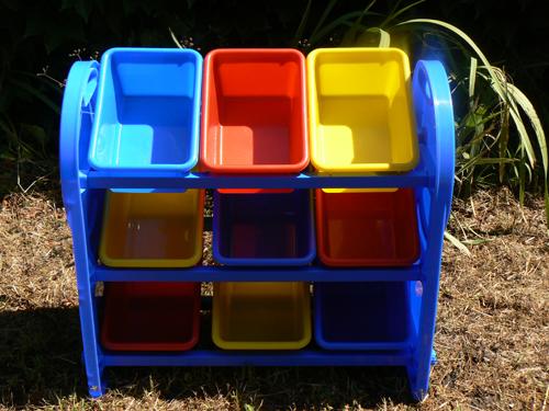 vends enorme lot de jouet etag re jouets forum mamans d 39 aquitaine magicmaman. Black Bedroom Furniture Sets. Home Design Ideas