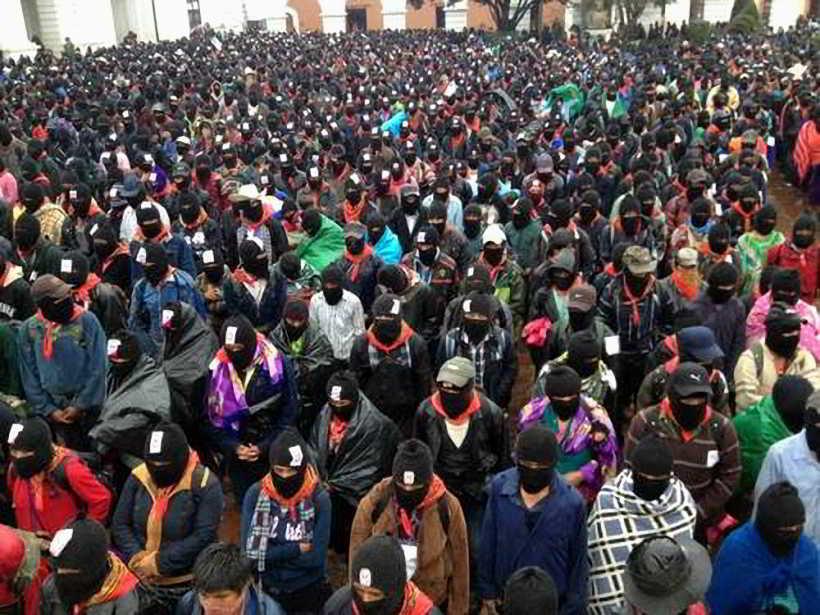 210 - Al finalizar el 13 baktun 50 mil mayas zapatistas  marchan en silencio en 5 ciudades de Chiapas