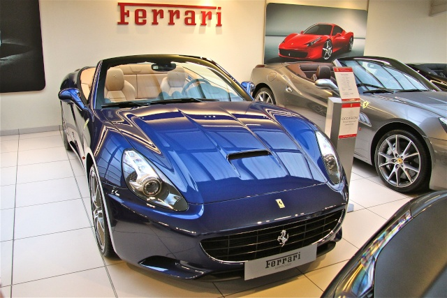 ferrari california et california t le march de l 39 occasion ferrari 458 italia speciale. Black Bedroom Furniture Sets. Home Design Ideas