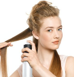 Lhuile pour les cheveux à oriflejm