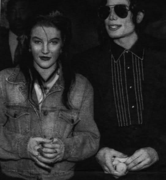 Lisa Marie Presley And Michael Jackson You Are Not Alone Lisa Marie Presley on Michael