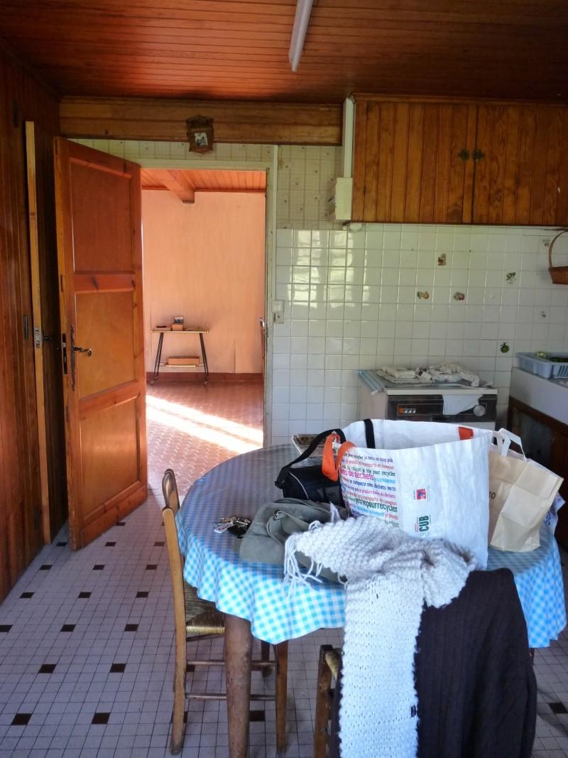 recouvrir un vieux carrelage moche. Black Bedroom Furniture Sets. Home Design Ideas