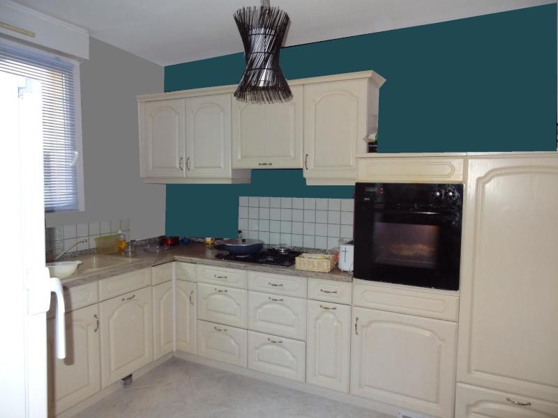 Couleurs autour cuisine beige rustique for Deco cuisine bleu blanc